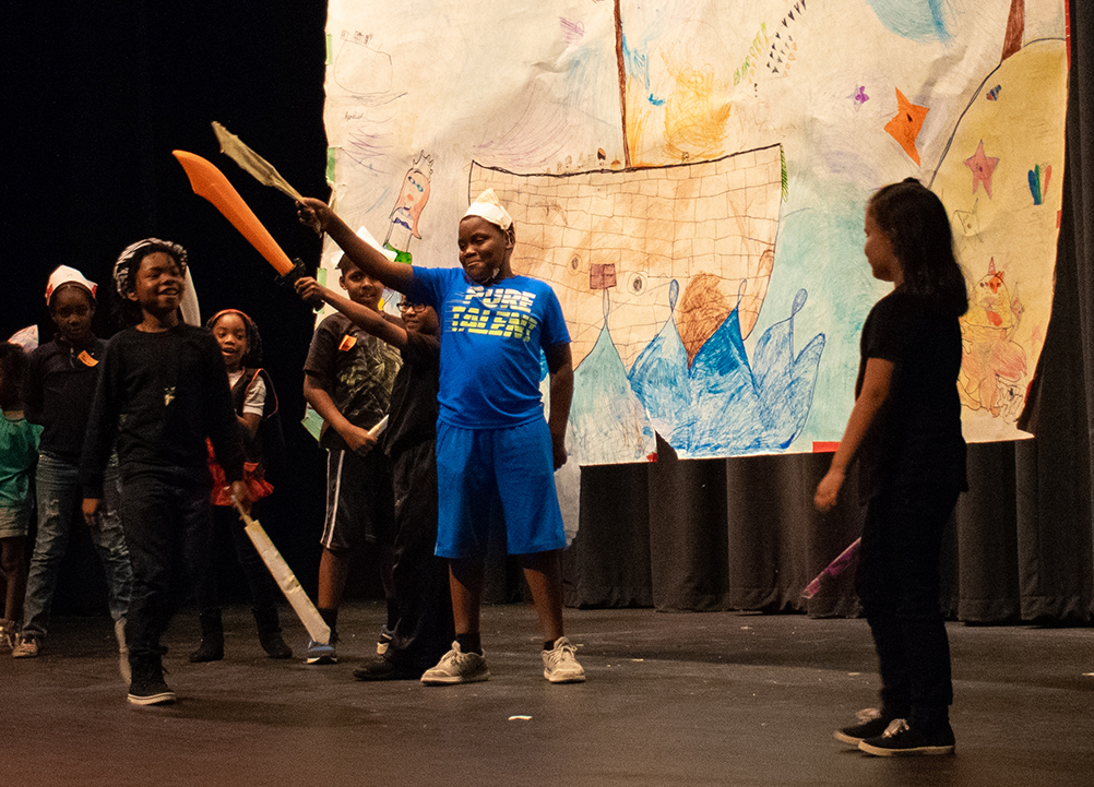 Junior Production 2018July13 lo res-0784 cropped.jpg