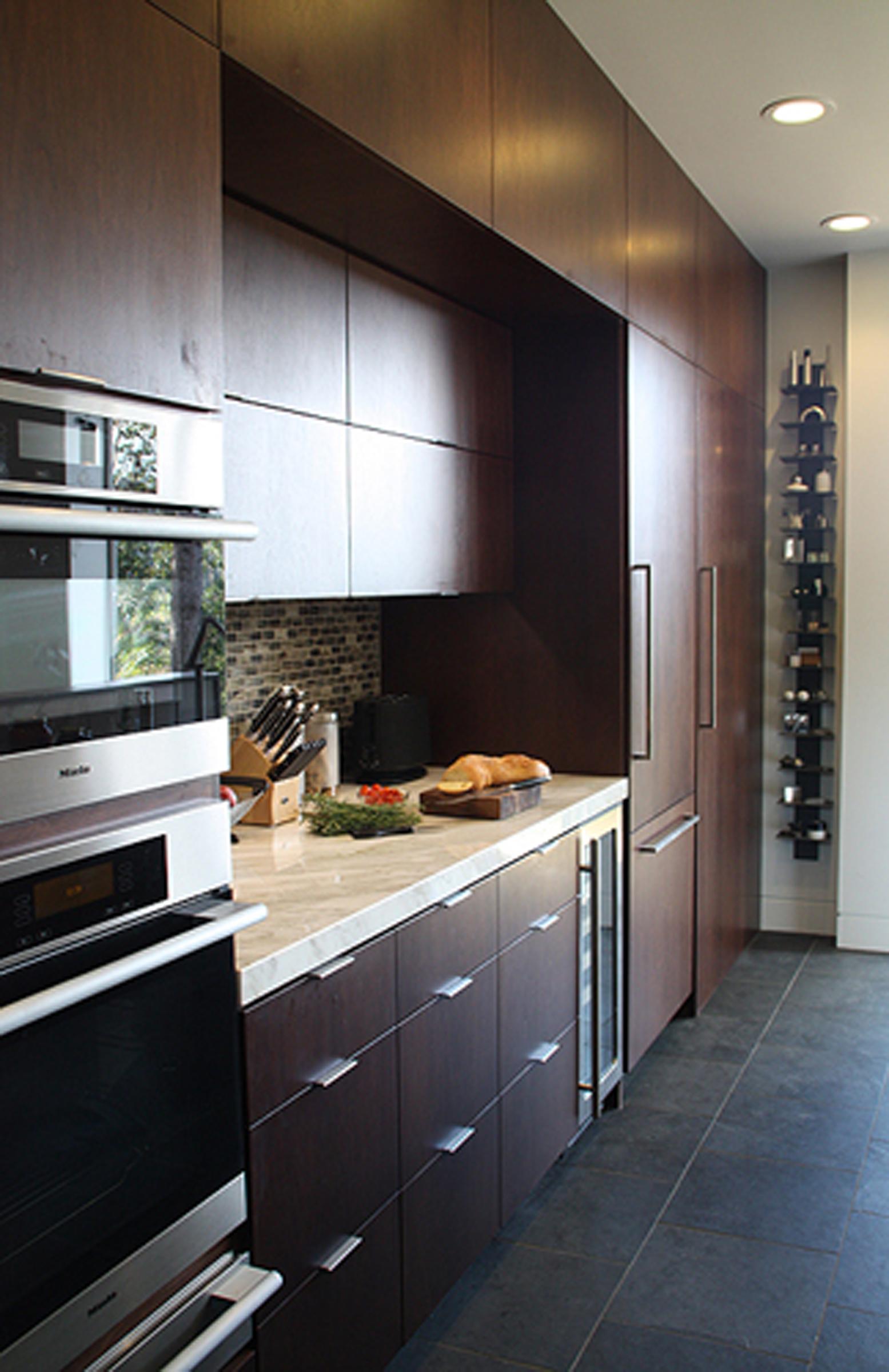 16 Kitchen Tableau North 1.jpg