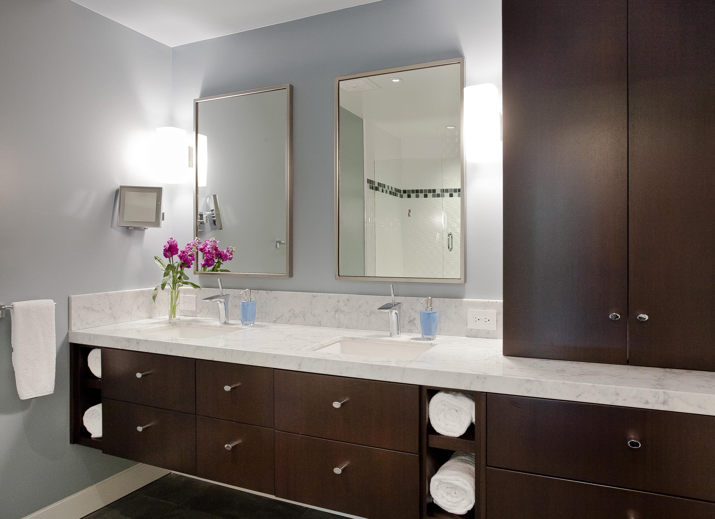 13 LaPrenda Bath 1.jpg