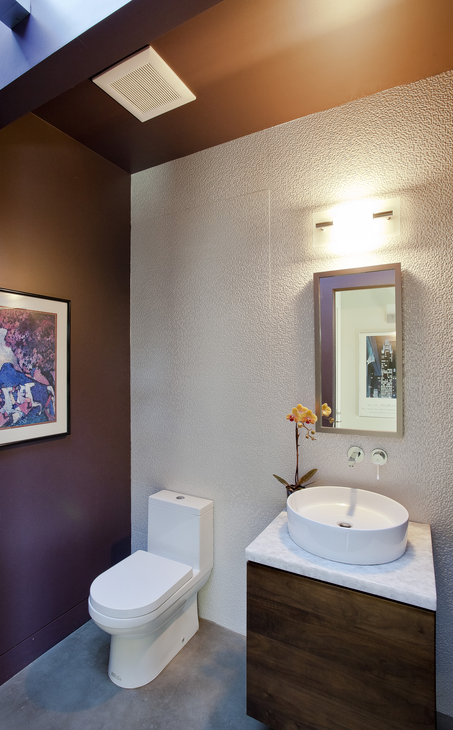 19-471 S. Clark Powder Room.jpg