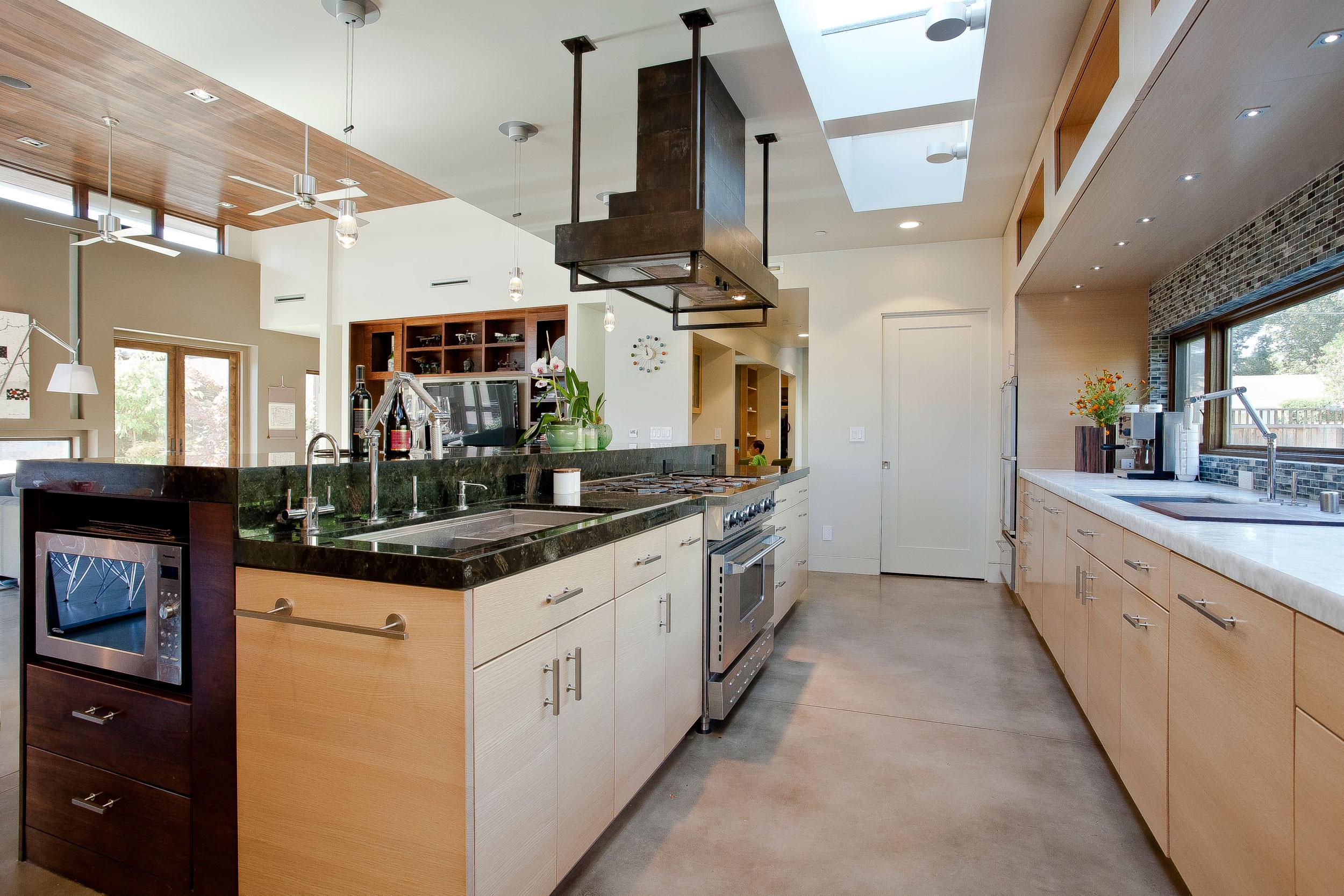 8A-kitchen.jpg
