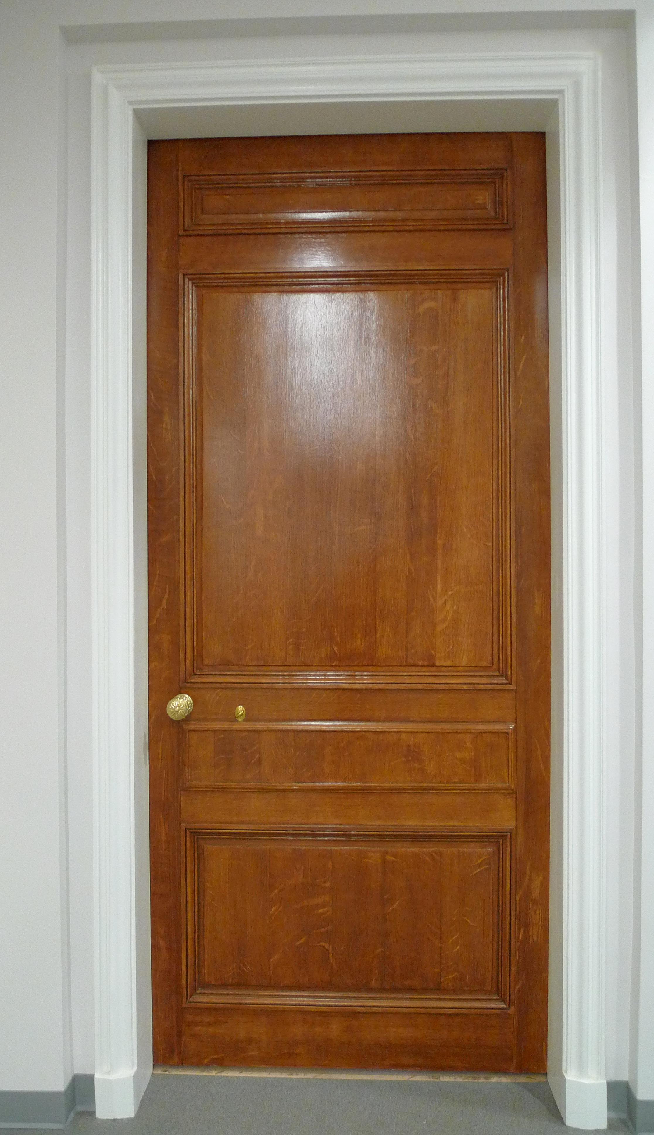 SCHdoor.jpg