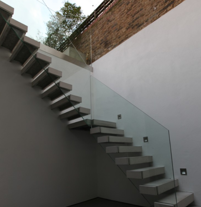 Floating-concrete-wall-staircase.png