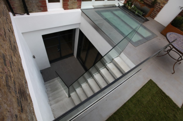 Floating-concrete-staircase-treads-grey.png
