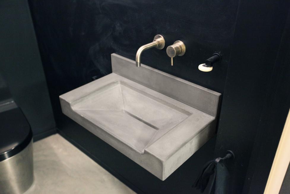 floating-concrete-ramp-sink.jpg