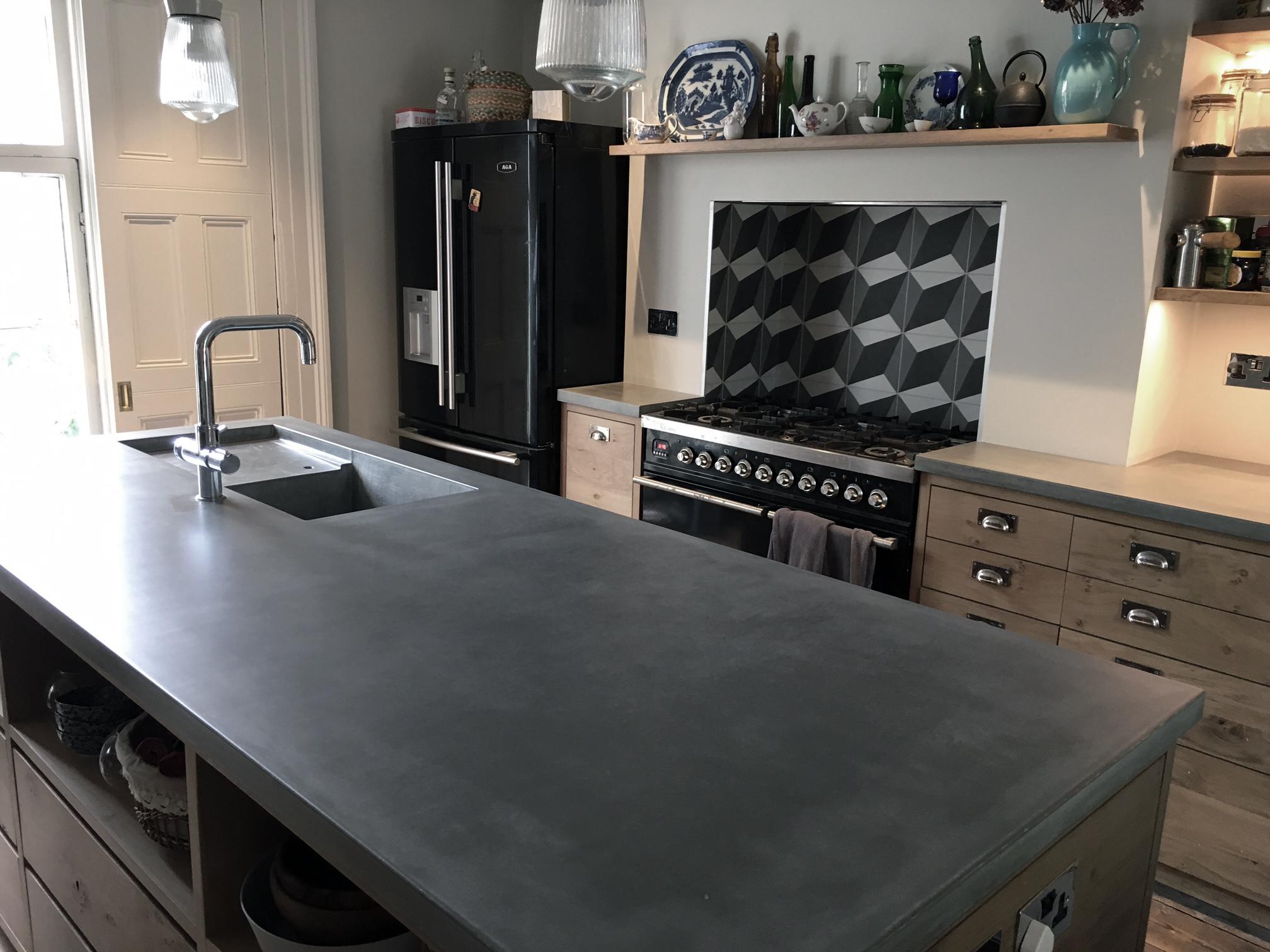 Concrete-kitchen-Island-worktops.jpg
