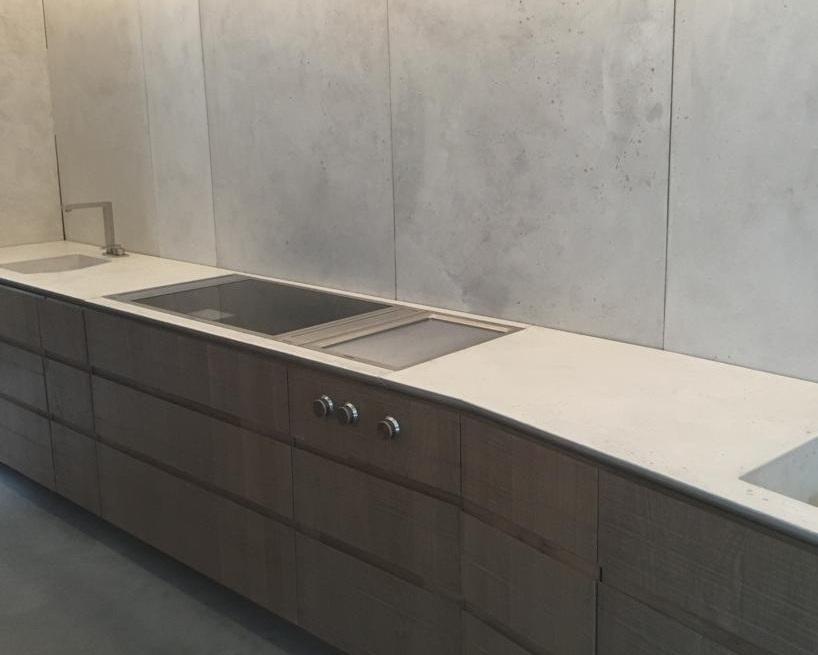 Forma-studios-concrete-kitchen-worktop.jpg