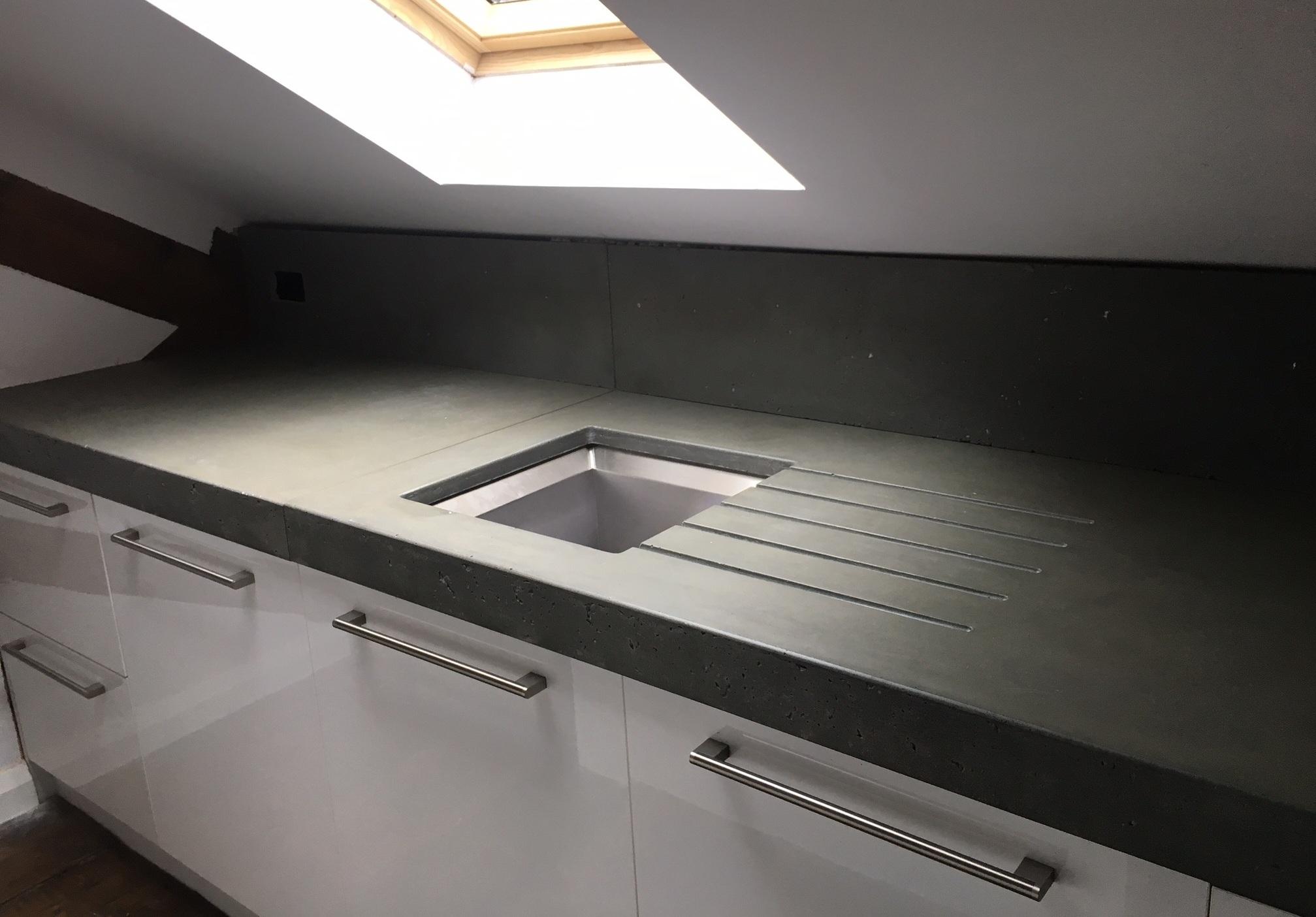 Forma-studios-concrete-worktop-kitchen.jpg