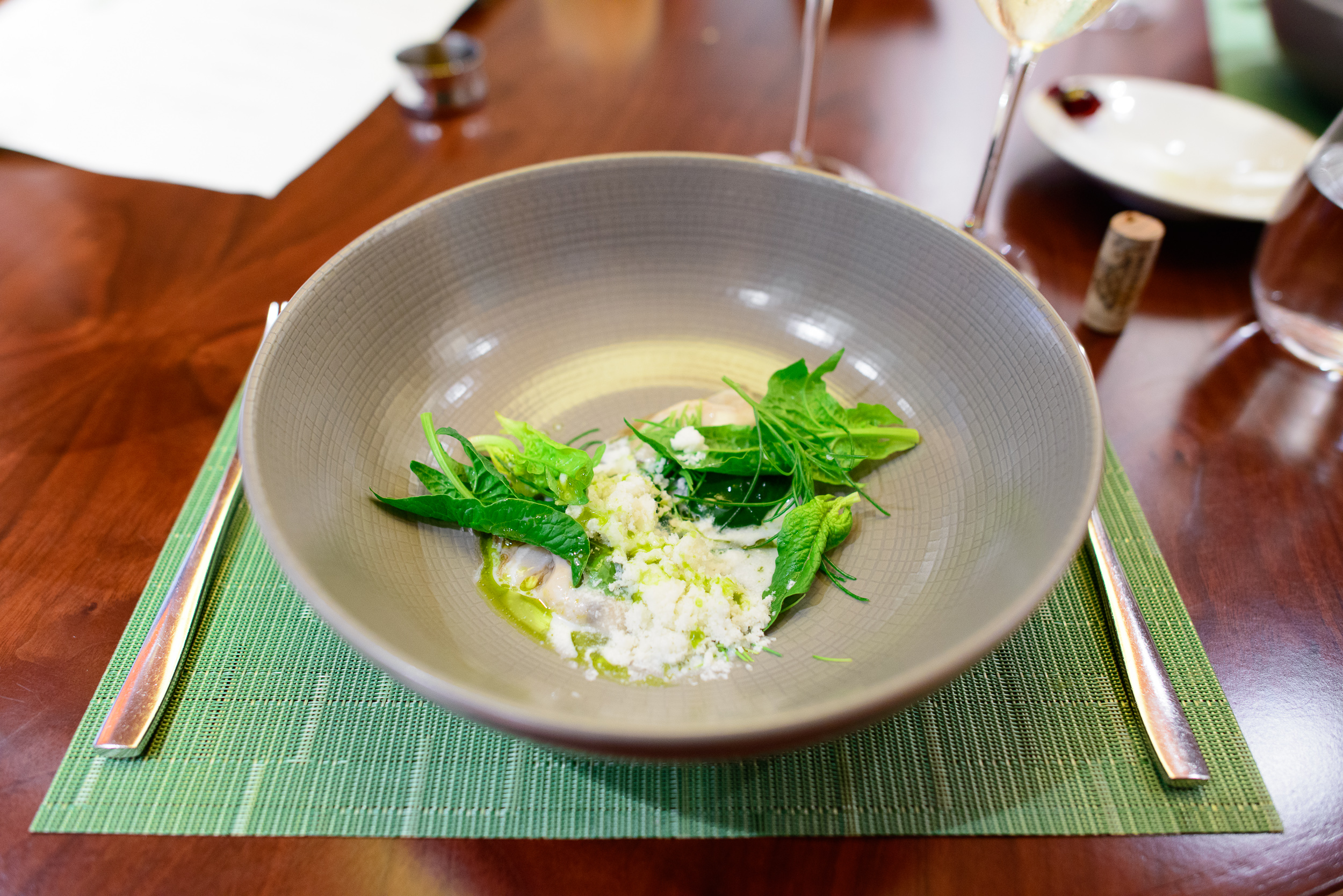 Back cove oyster, new spruce, spinach, an infusion of seaweeds, radish, and milk / John Shields