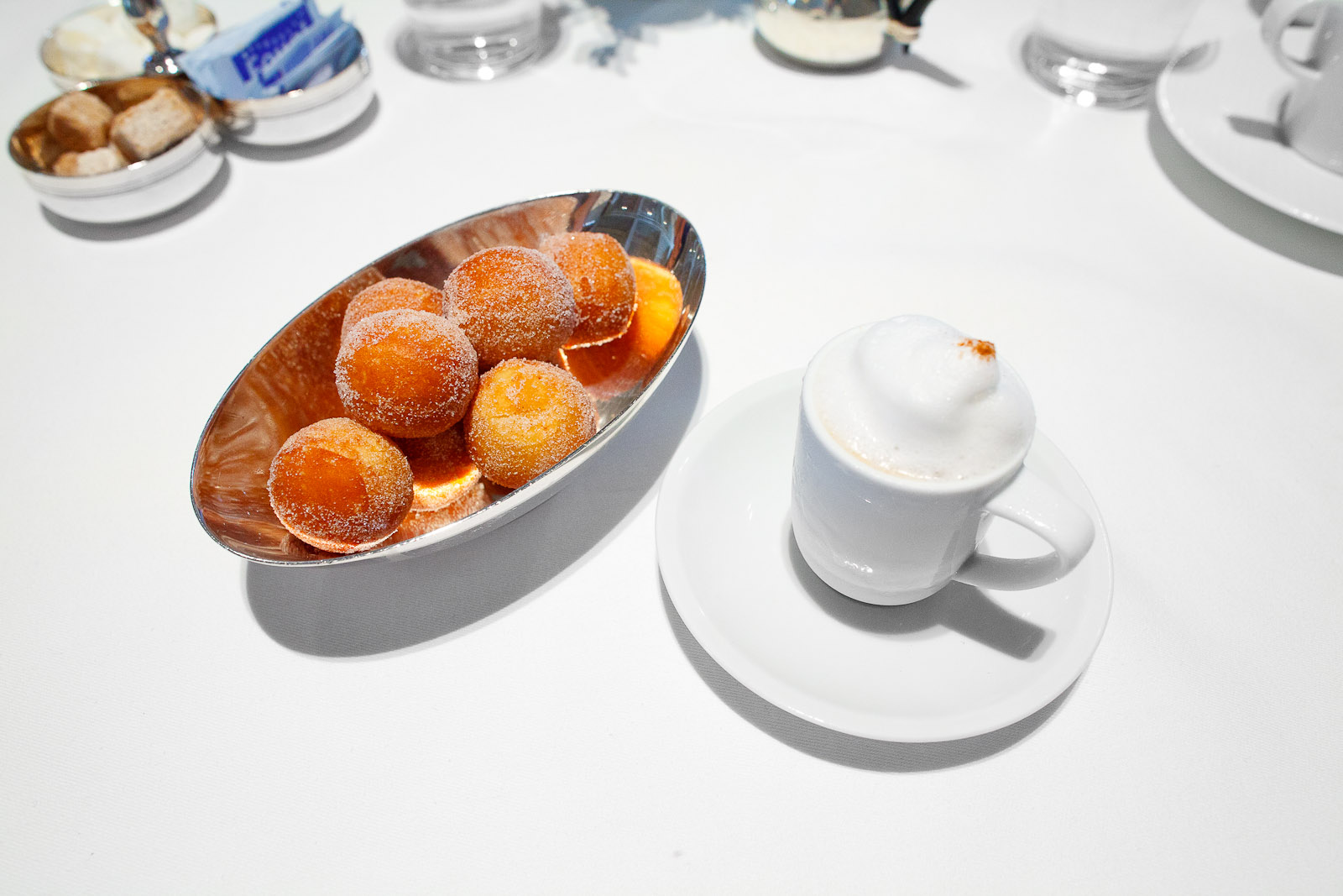 11th Course - Coffee and doughnuts