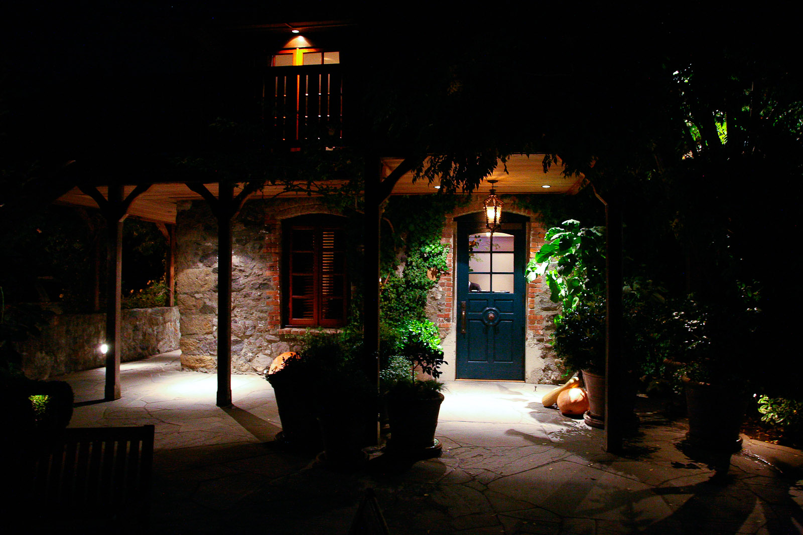 The-French-Laundry-Yountville-California-Entrance.jpg