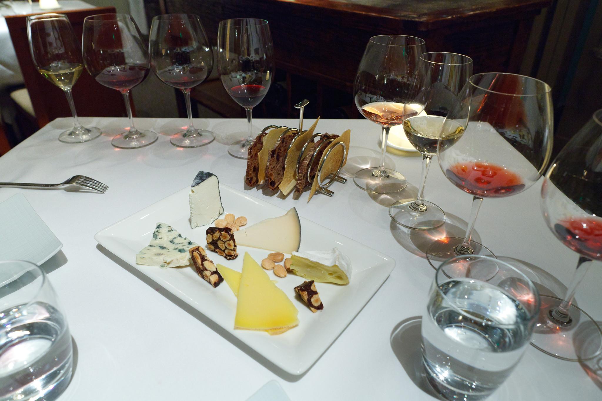Cheese course - Roquefort, Chevrière cendre (concord grape ash), Gouda-style Midnight moon, Cow's milk Pleasant ridge reserve, Bent River