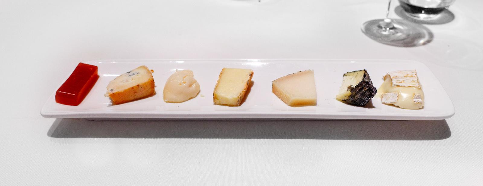 Hisop, Spain - Cheese course- Tou de Til.lers, Piramide del Quirol, Cabra de la Garrotxa (Bauma), Taleggio, Torta de la Serena, Blau de l'Avi Ton