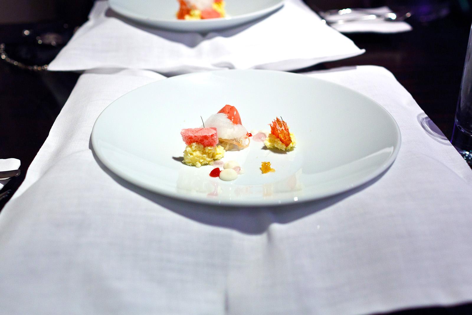 Alinea, Chicago - Rhubarb, cheesecake, onion, lavender air
