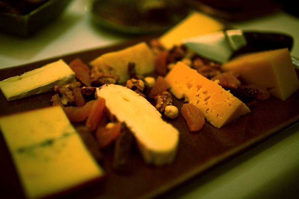 Selección de 7 quesos - Oveja Manchega de 1984, Pecorino Sardo, Serrano, Crottin, Fresco de