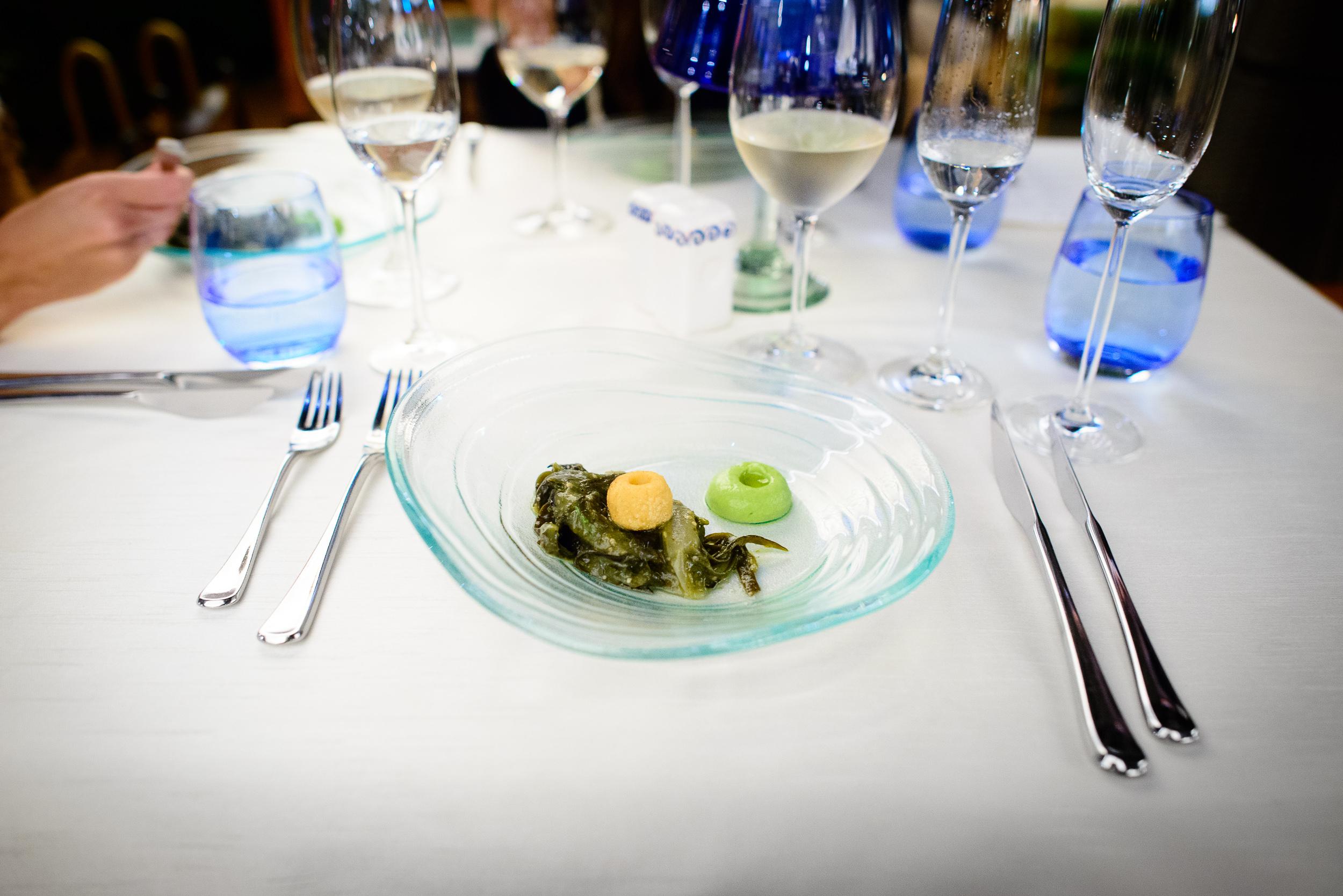 2nd Course: Algas en salsa verde (seaweed in green salsa)