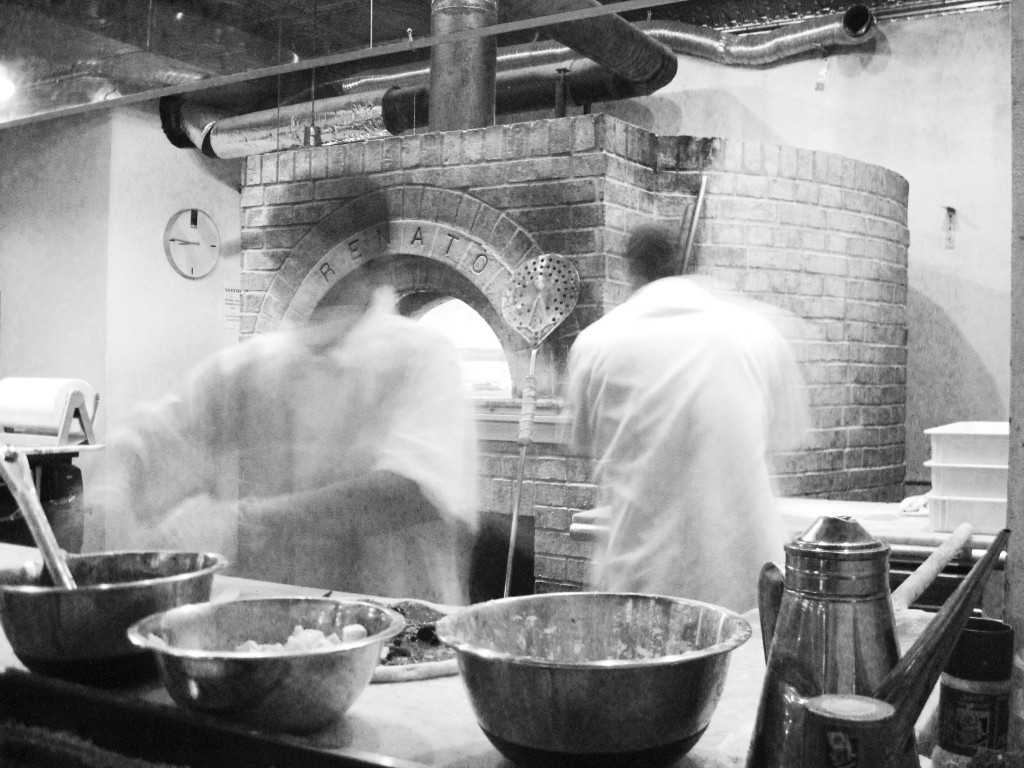Motorino - Making the Pizzas
