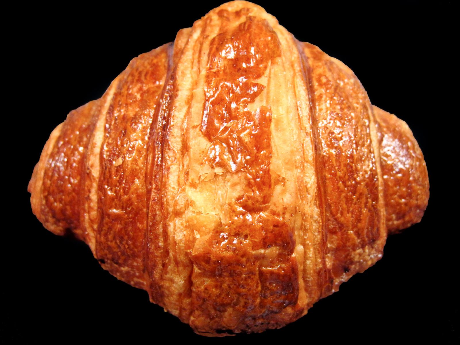 Frédéric Comyn - Croissant Exterior