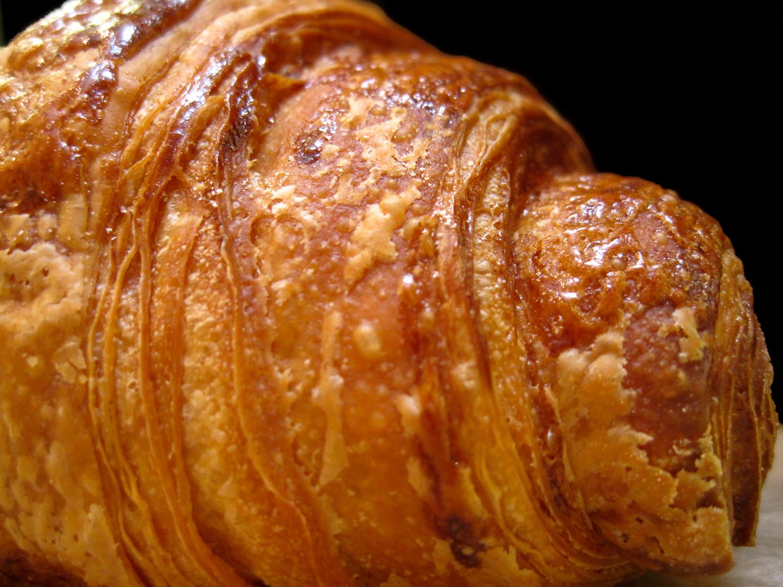 Frédéric Comyn - Croissant Side