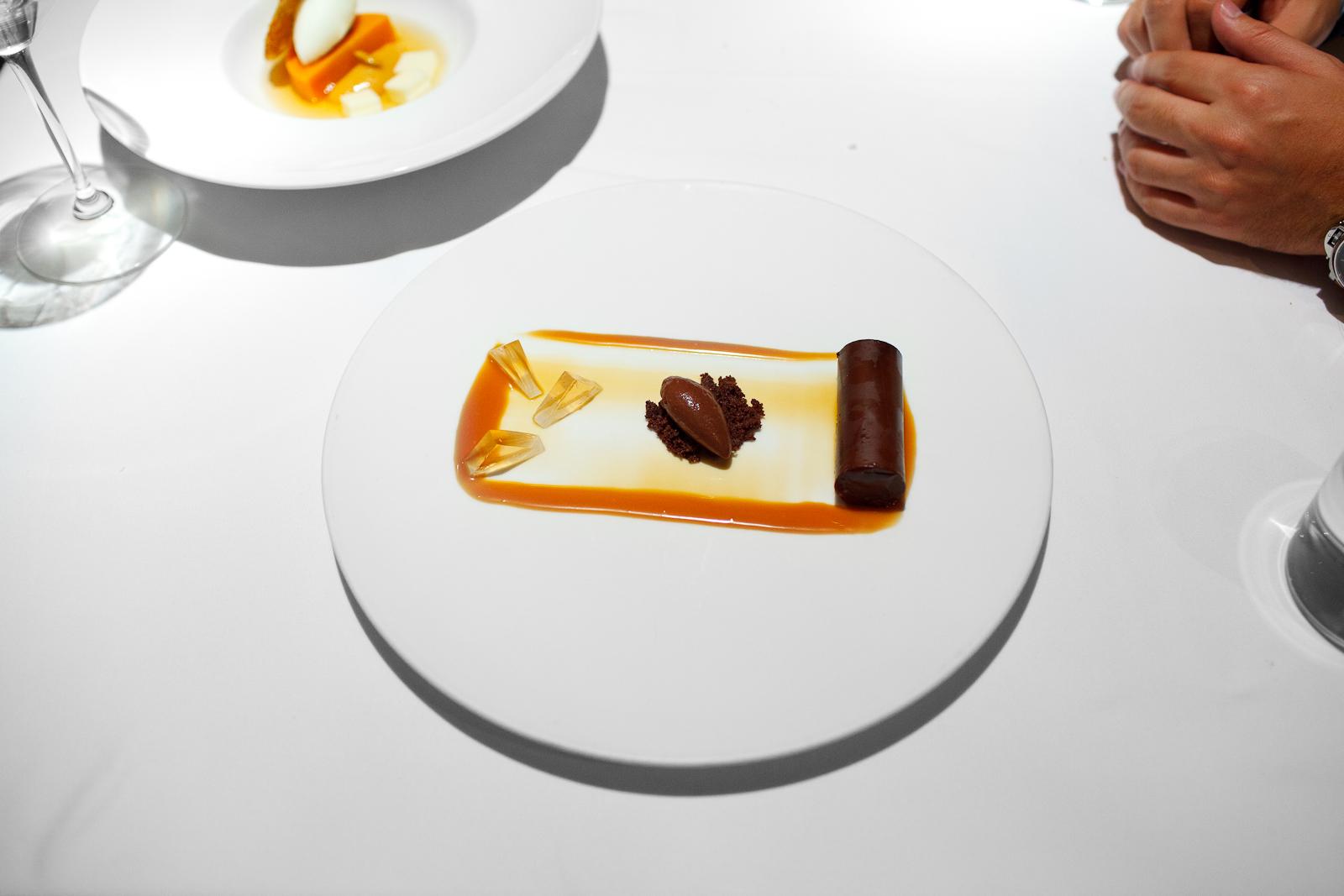 9th Course: Mousse de café de olla, salsa de caramelo, sorbet de chocolate (Cinnamon-coffee mousse, caramel, chocolate sorbet)