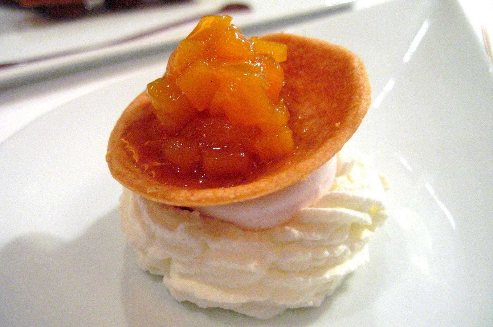 Pierre Gagnaire, Paris - Raspberry meringue, chantilly, raspberry confiture, fresh mango tart