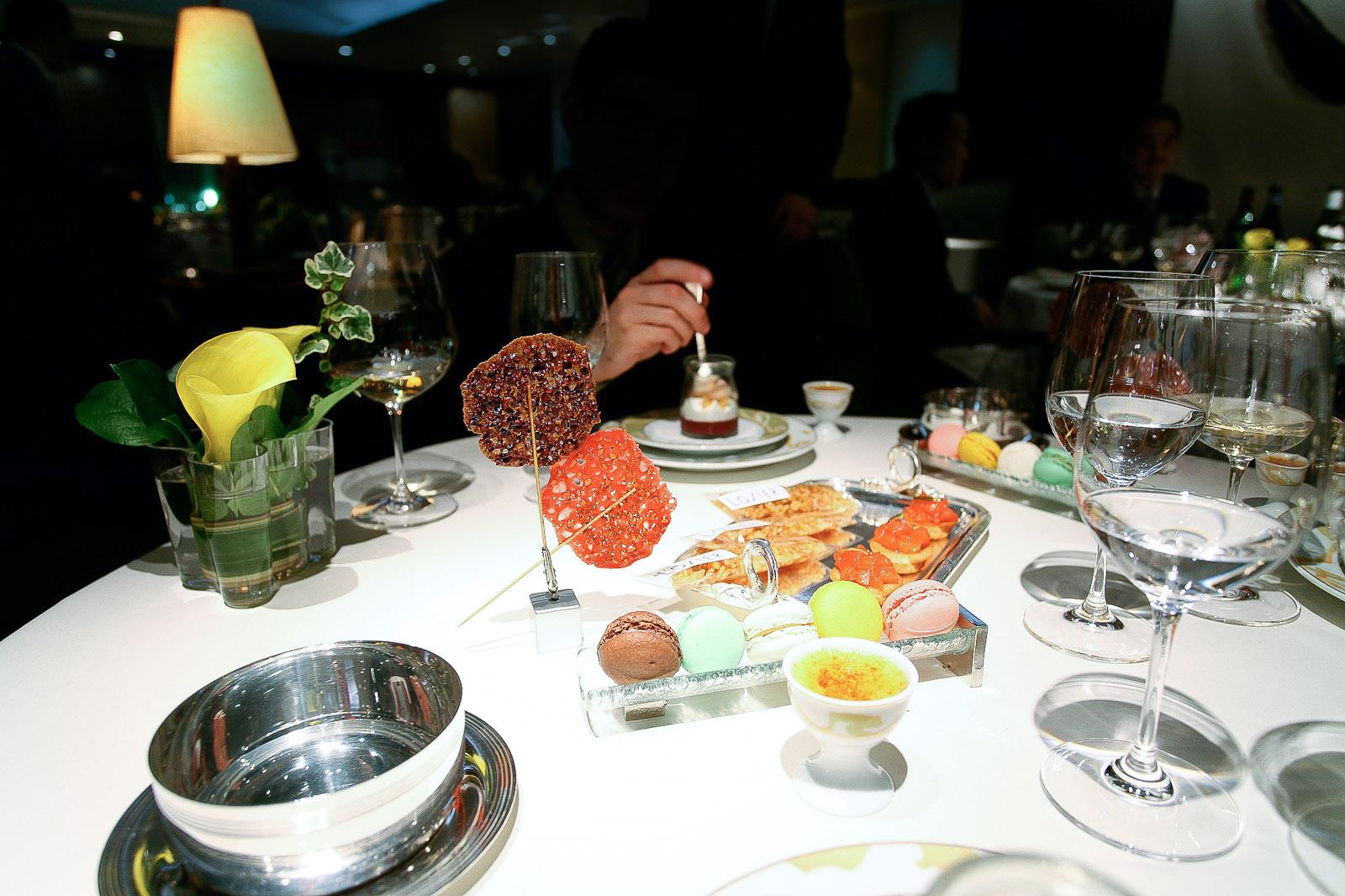 L'Osier, Tokyo - La table aux desserts