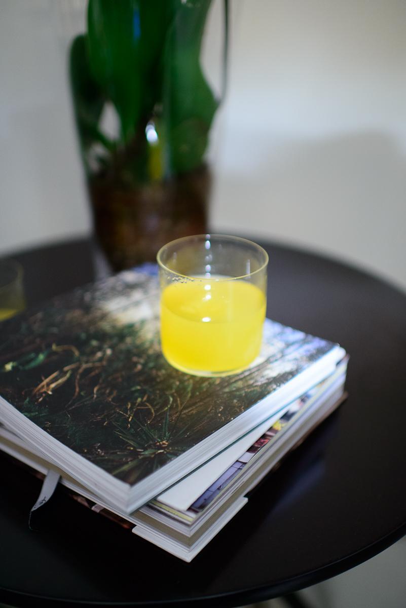 Agua fresca de cempazuchitl y durazno (Marigold and peach water)