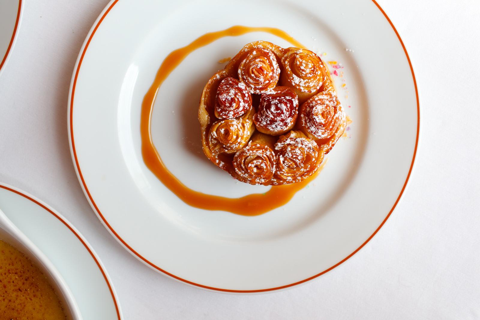 Tarte aux pommes Bouquet de Roses©; caramel au lait
