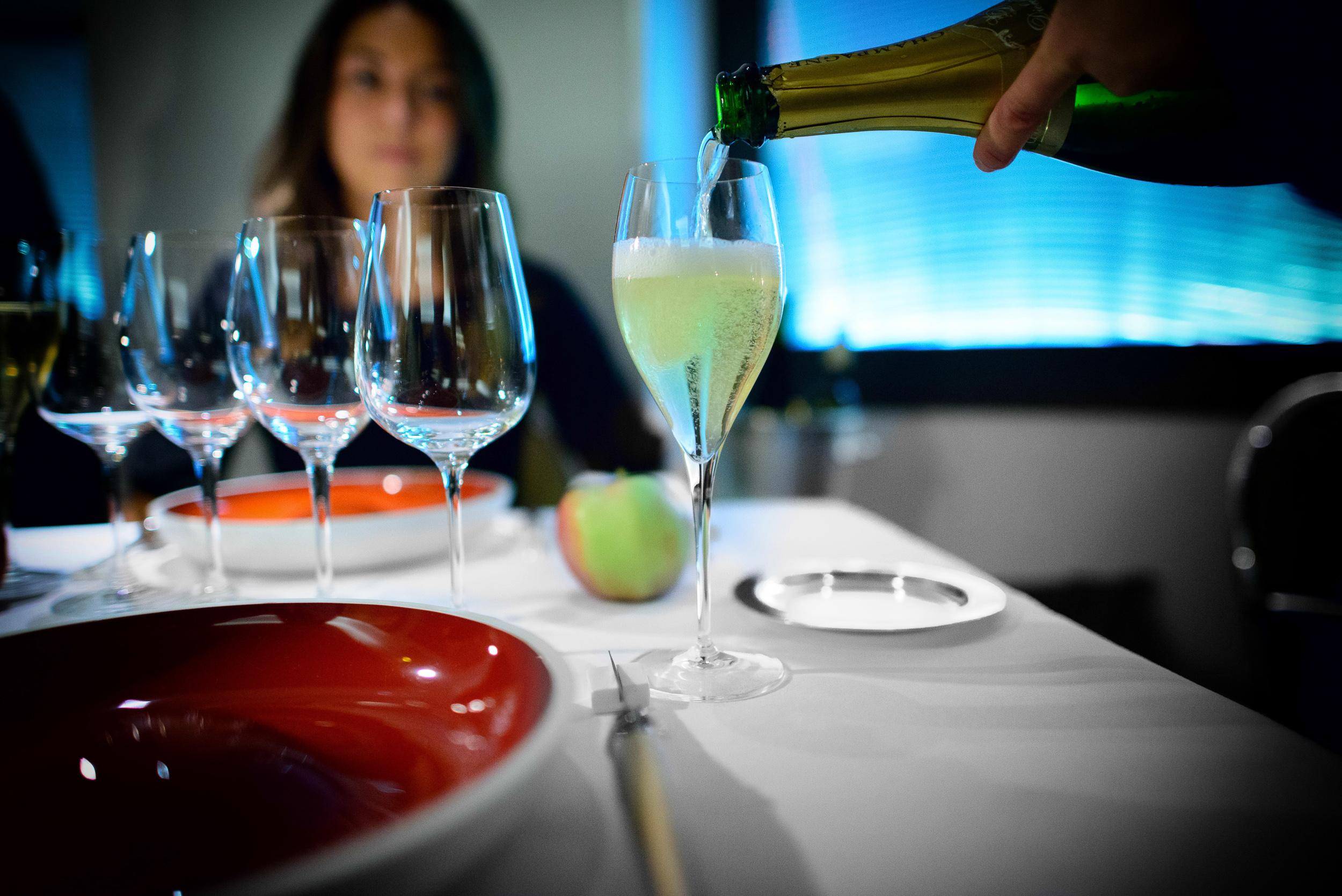 Un verre de champagne 2006 Diebolt-Valois