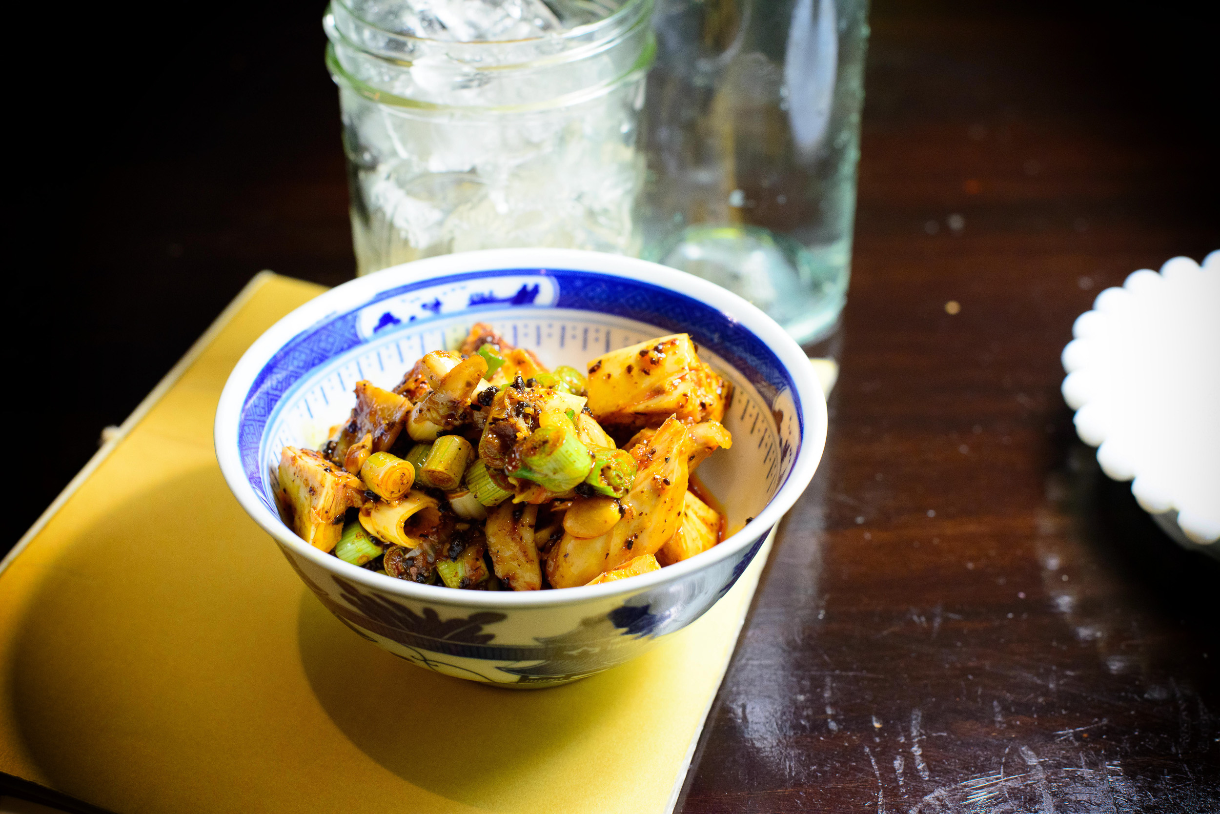 Spicy diced rabbit (bone-in) with Sichuanese peppercorns and chi