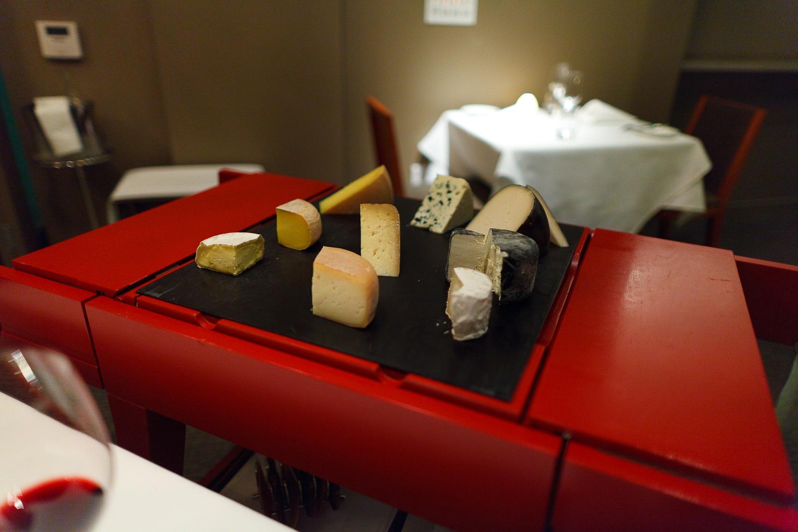 Cheese course: Bent river, Blond d'Espèce, Pleasant Ridge reserve, Amarello de beta spacious, Garden Variety's Moonflower