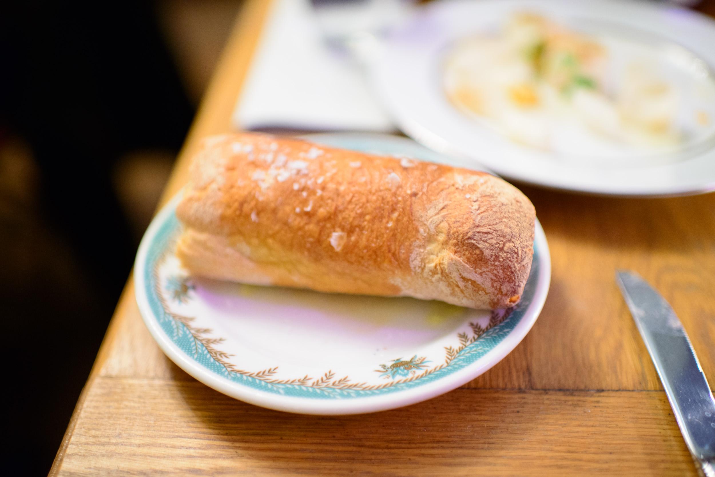 Filone bread ($6)