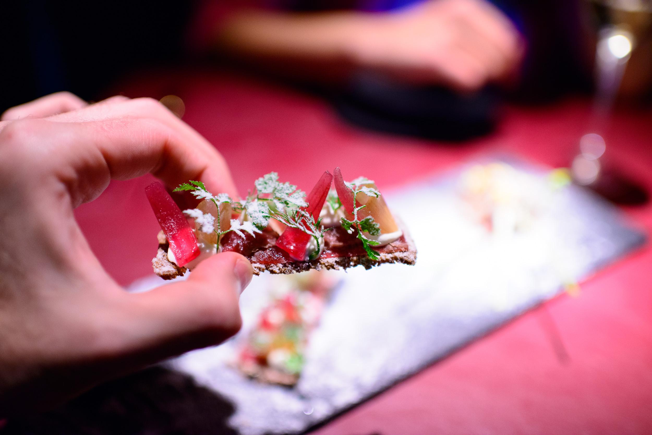 Paisaje Nordico: La tostada y la zanahoria, up close