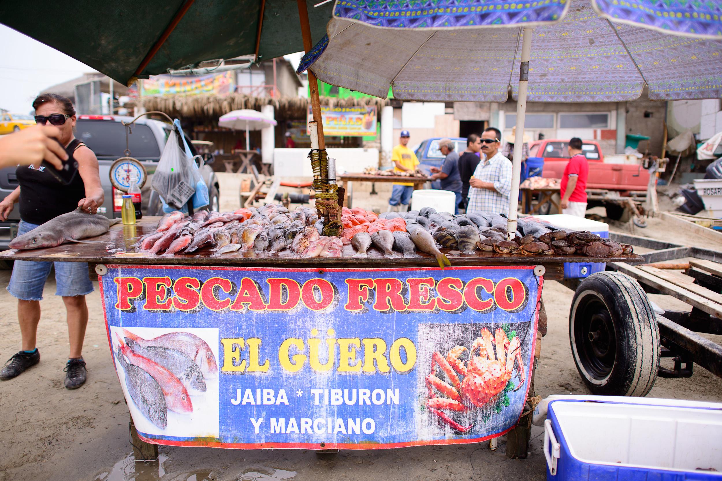"""Pescado Fresco """"El Güero"""""""