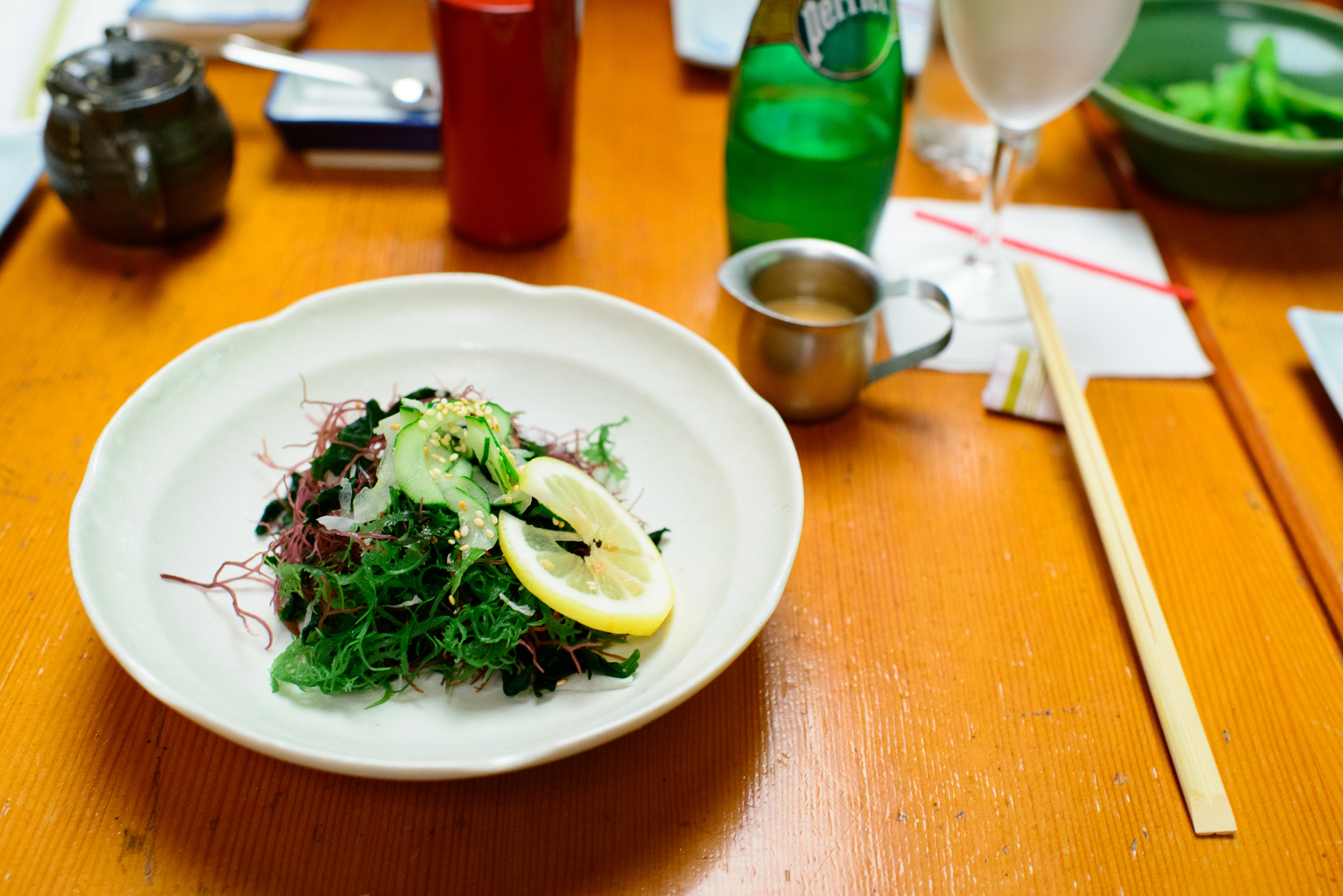 Seaweed salad with sesame dressing