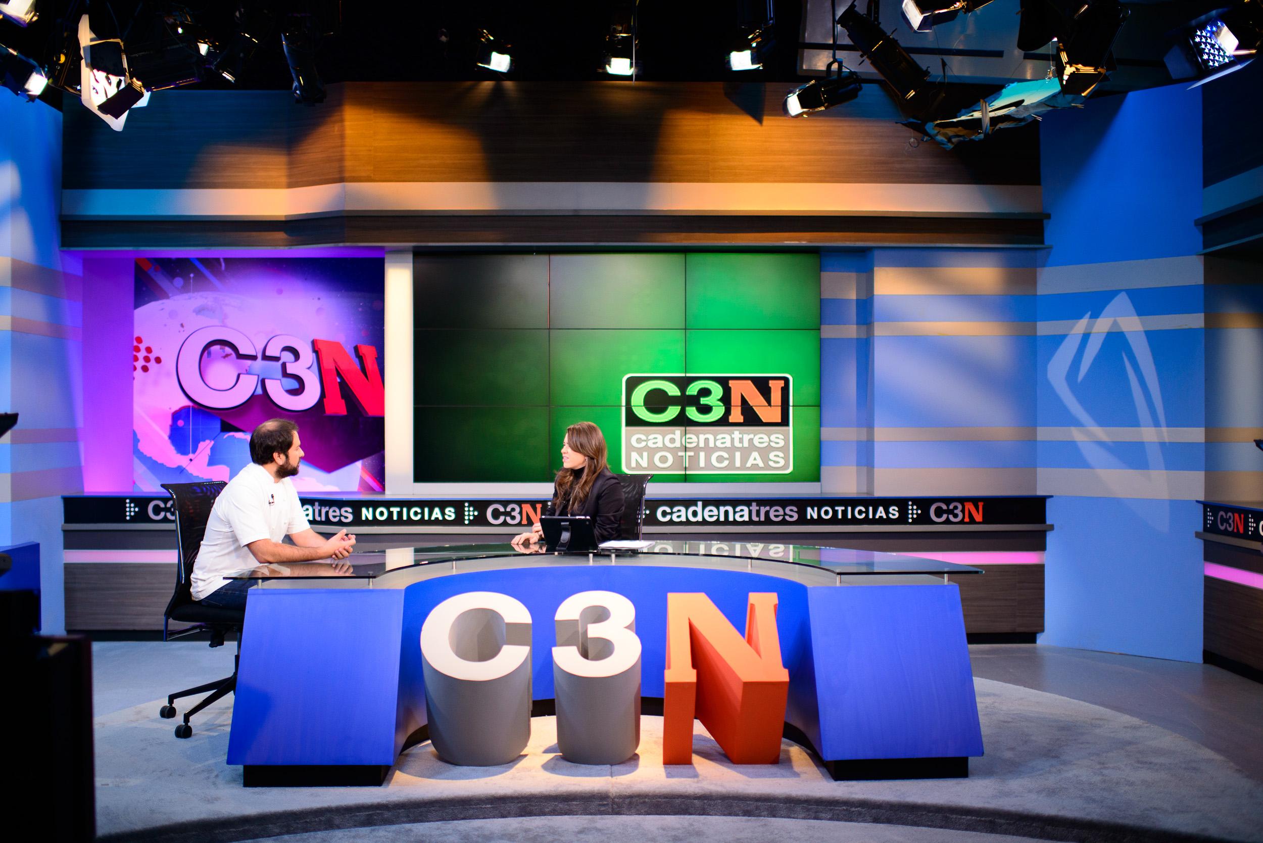 Enrique Olvera Interview with Yuriri Sierra for Cadena 3