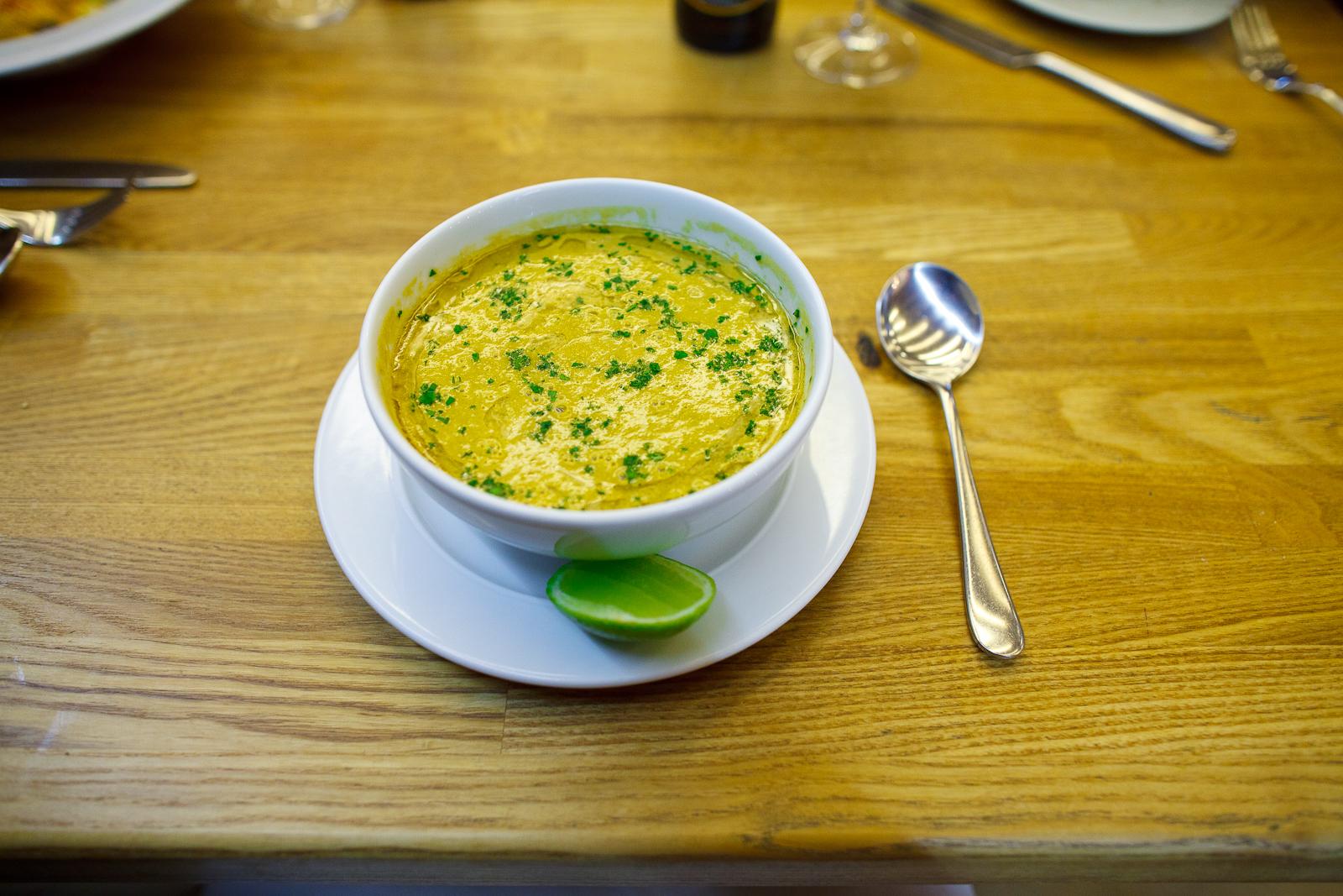 Sopa de mejillones con pancetta (mussel soup with pancetta) (95 MXP)