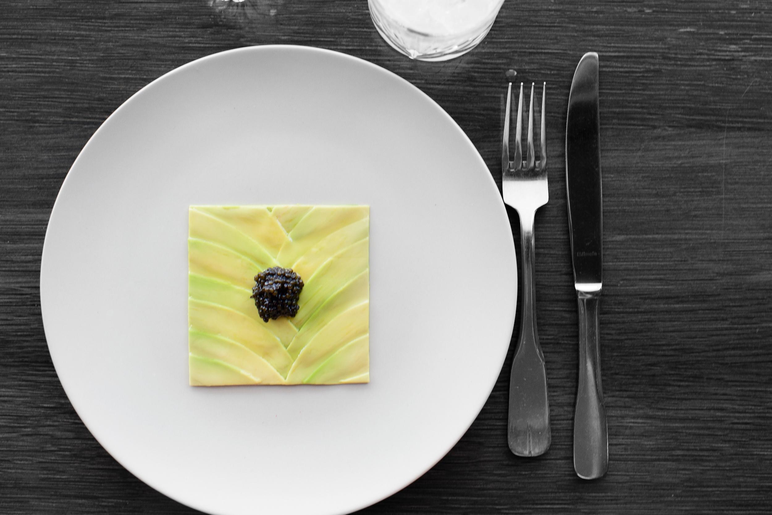 1st Course: Avocado, almond oil, caviar