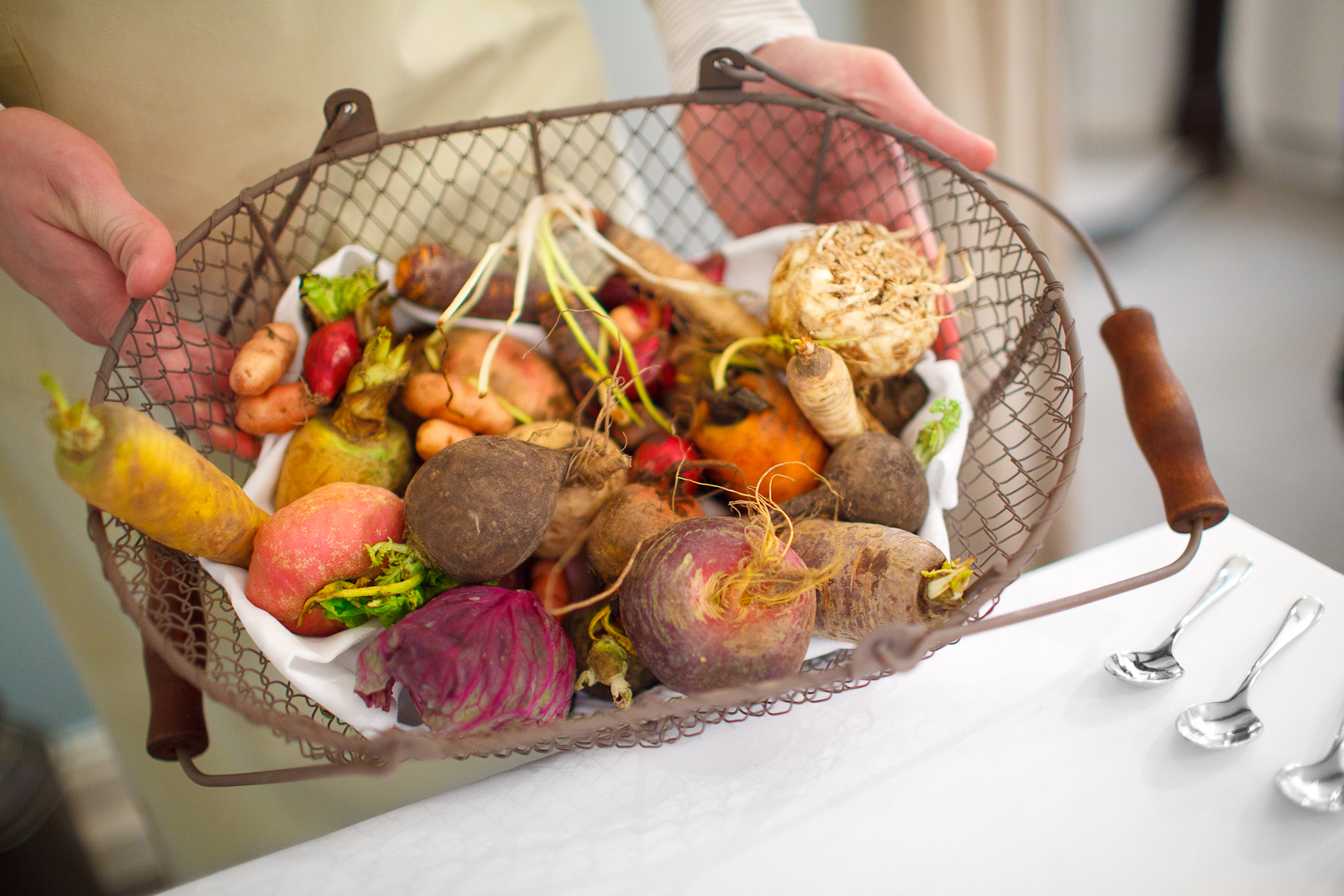 """Presentation of root vegetables for the 2nd course: """"satio tempestas"""""""