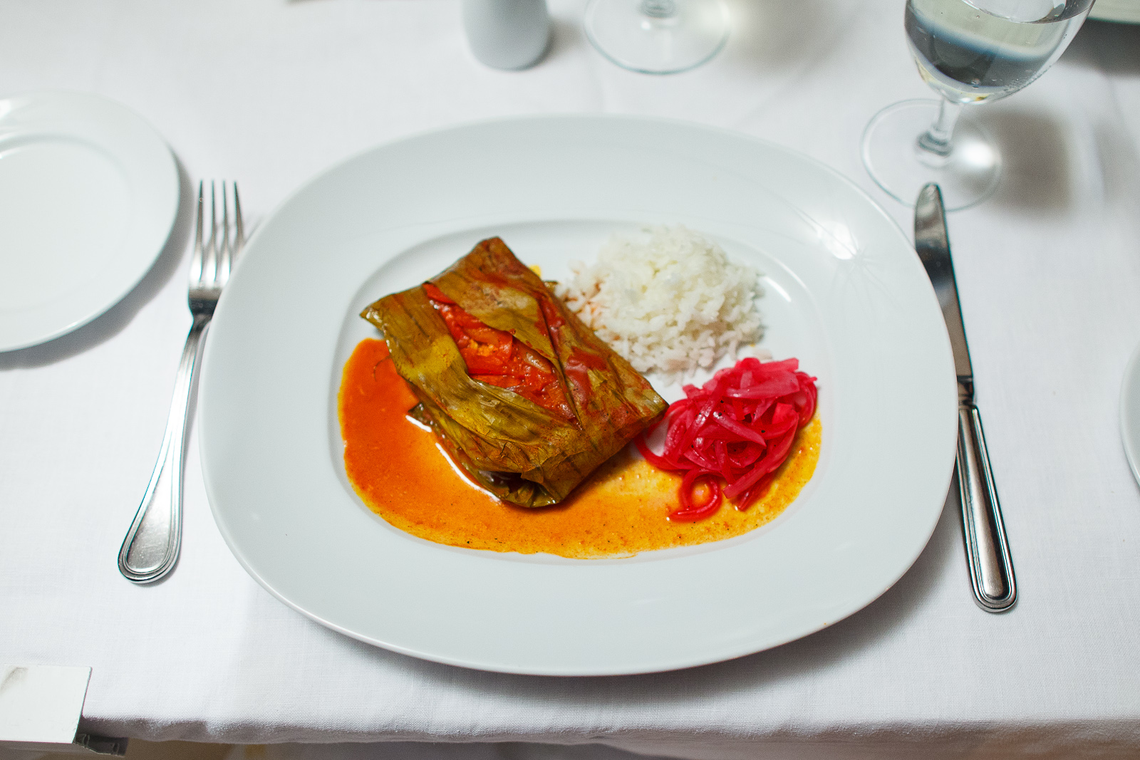 Tikin-xic - Huachinango marinado en achiote envuelto en hoja de