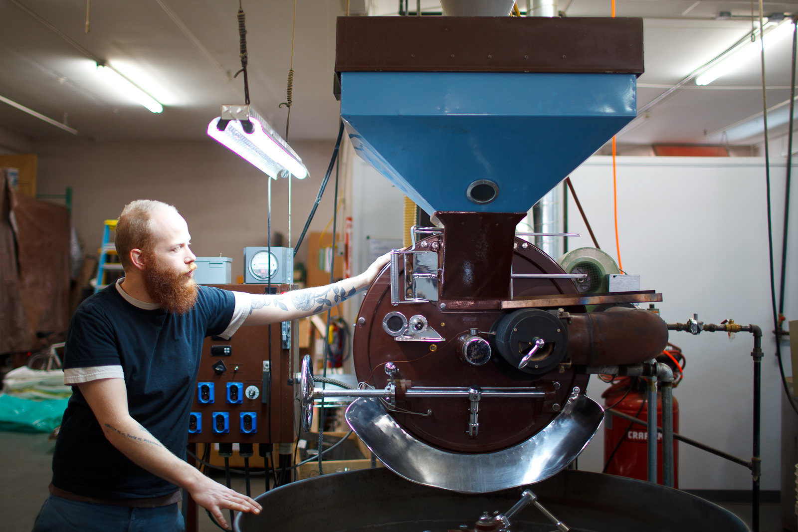 Erich Rosenberg showing us one of two large roasters, refurbished from the 60s