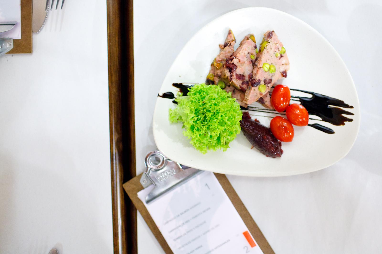 Terrina de pato y pistachio (Duck terrine with pistachio) ($65 MXP)