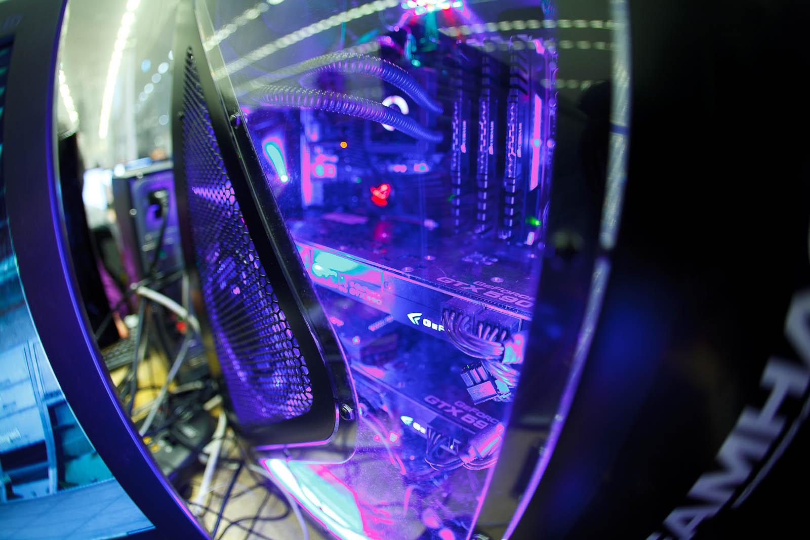 Dual GeForce GTX 590s