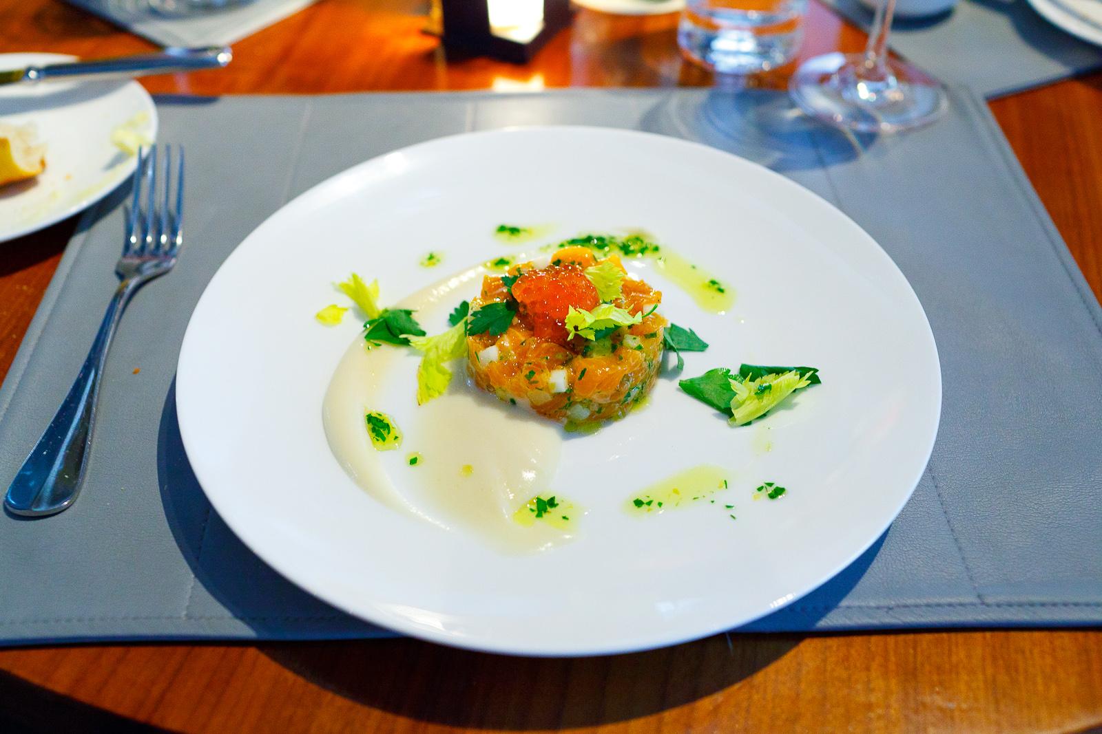 Salmon tartare, celery root, apple, lemon, parsley, salmon roe ($14)