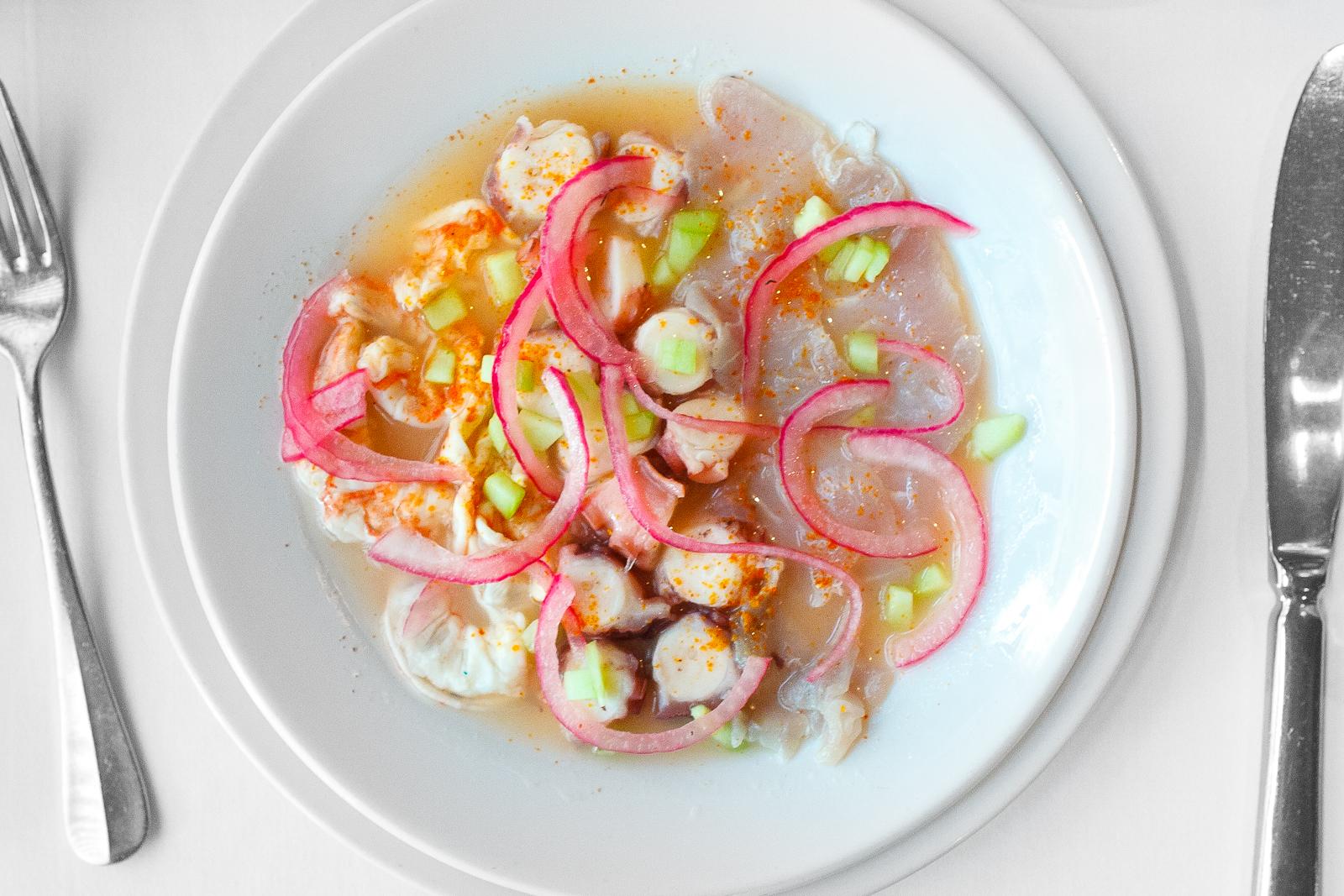 Aguachile de campechano con pulp, camarón, y pescado (Aguachile of octopus, shrimp, and local fish) (157 MXP)