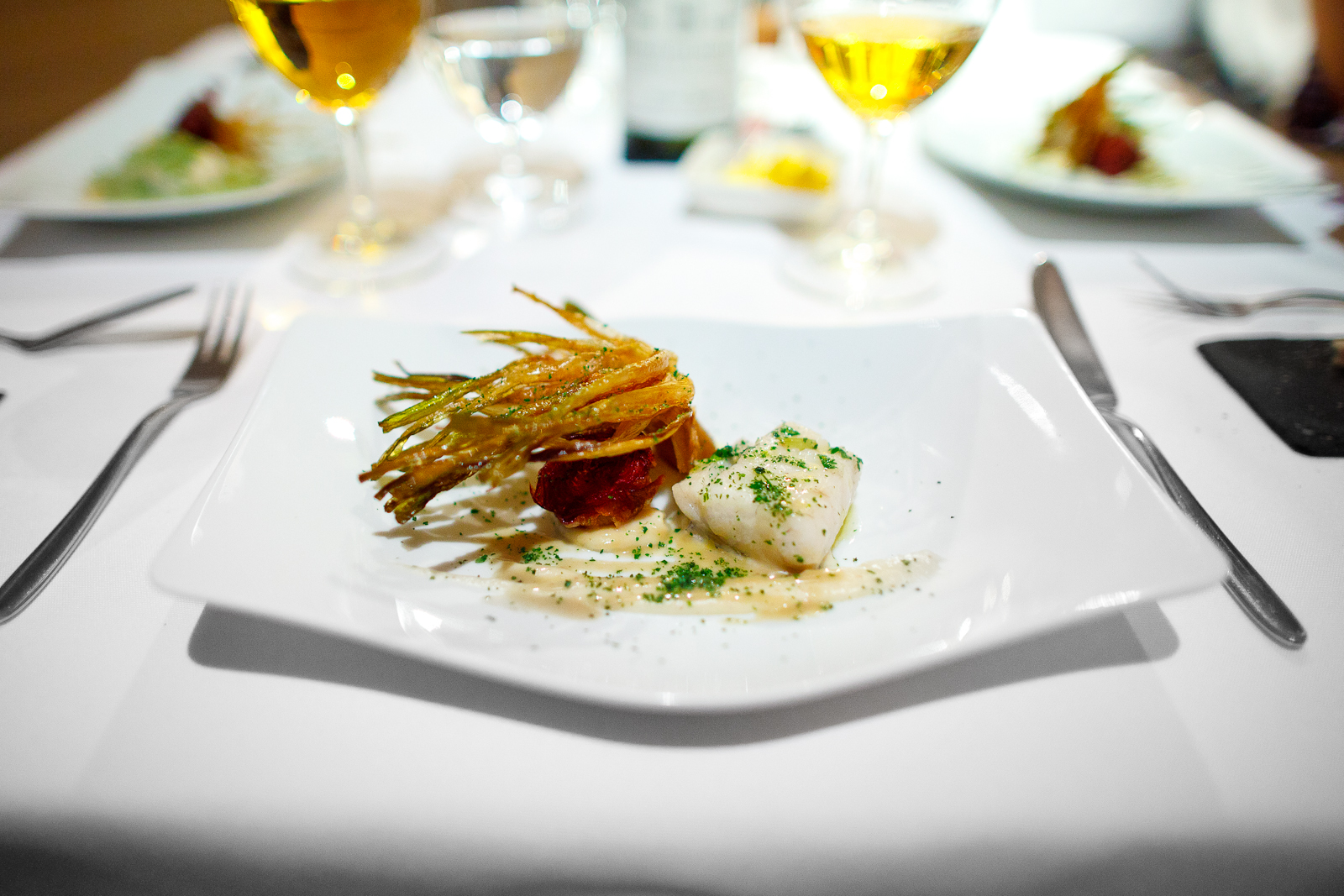 6th Course: Pescado del día con flor de alcachofa (fish of the day with artichoke blossom), unsauced