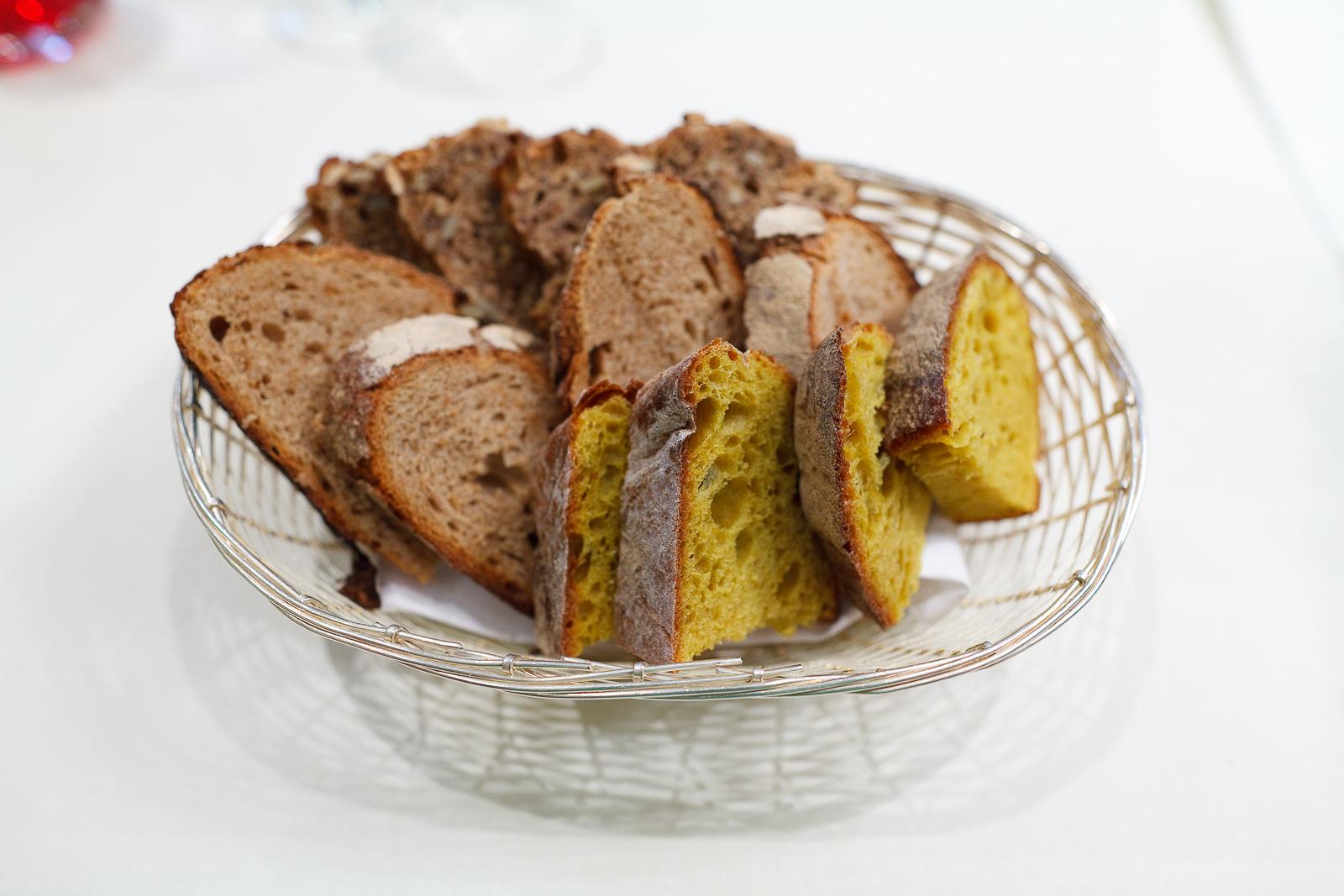 House bread: multigrain, curry, whole wheat