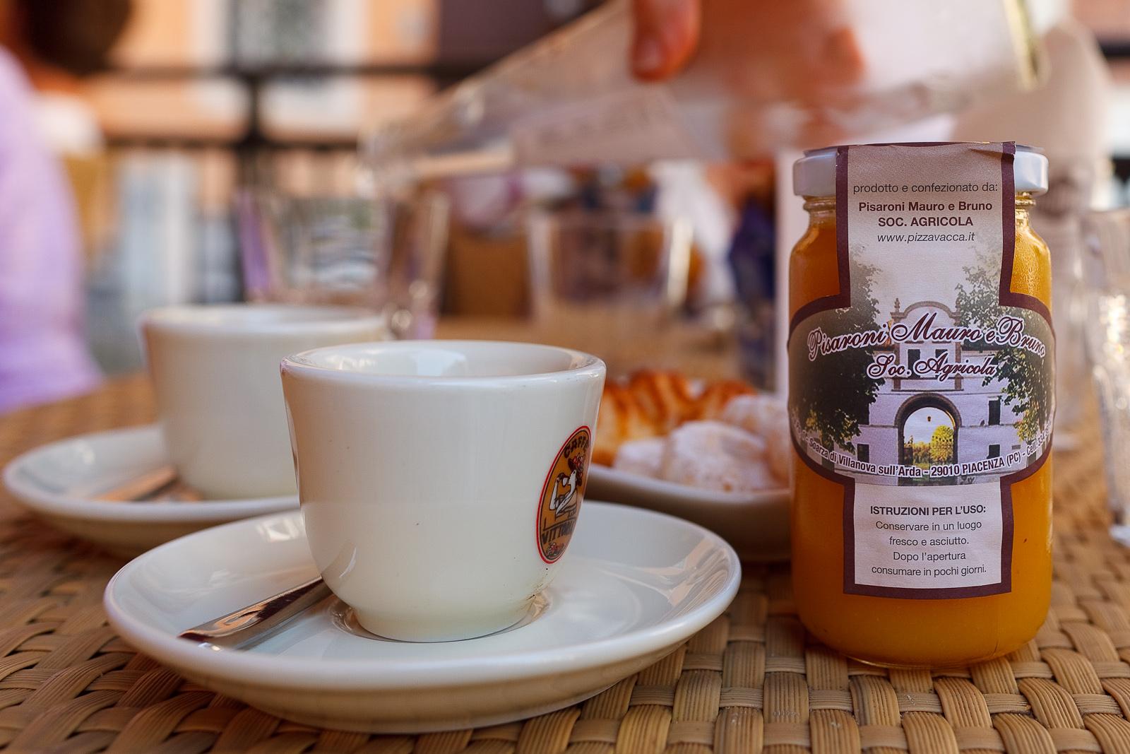Espresso and Pisaroni Mauro e Bruno Orange Juice
