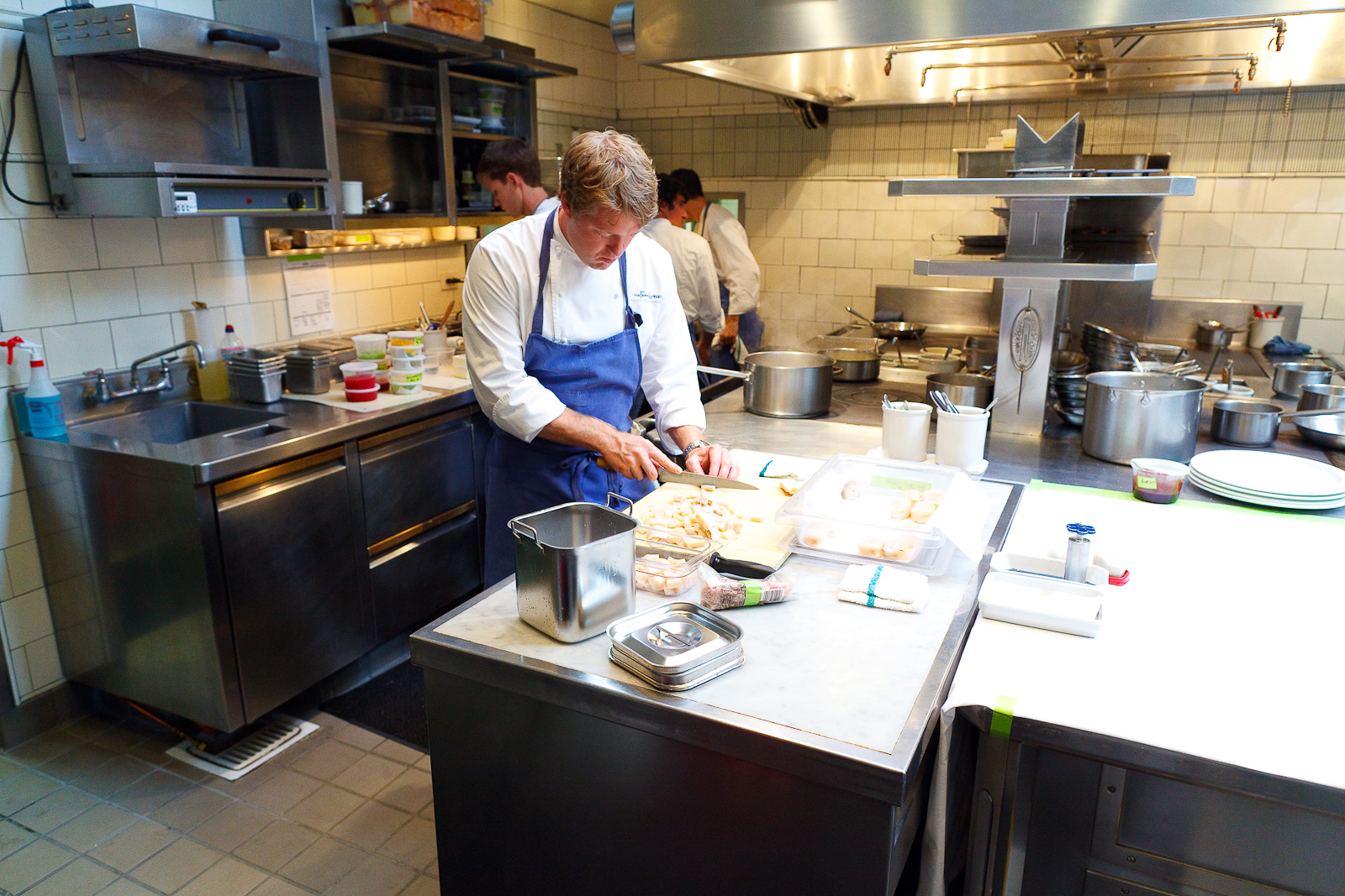 Chef de Cuisine Timothy Hollingsworth Slicing Scallop