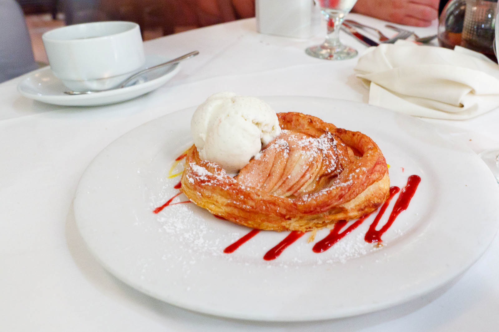 Milopita - warm apple tart with vanilla ice cream